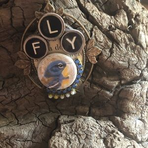 Jewelry - Fly necklace